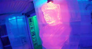 Bar de glace Rome sculpture