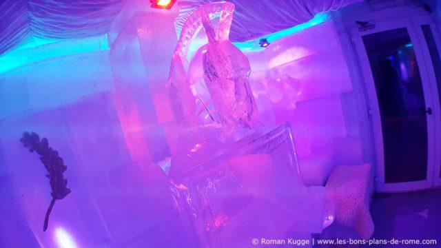 Bar de glace Rome Sculpture Gladiateur
