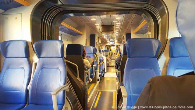 Leonardo Express sièges intérieur