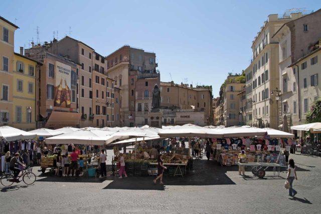 Marché du Campo de Fiori à Rome