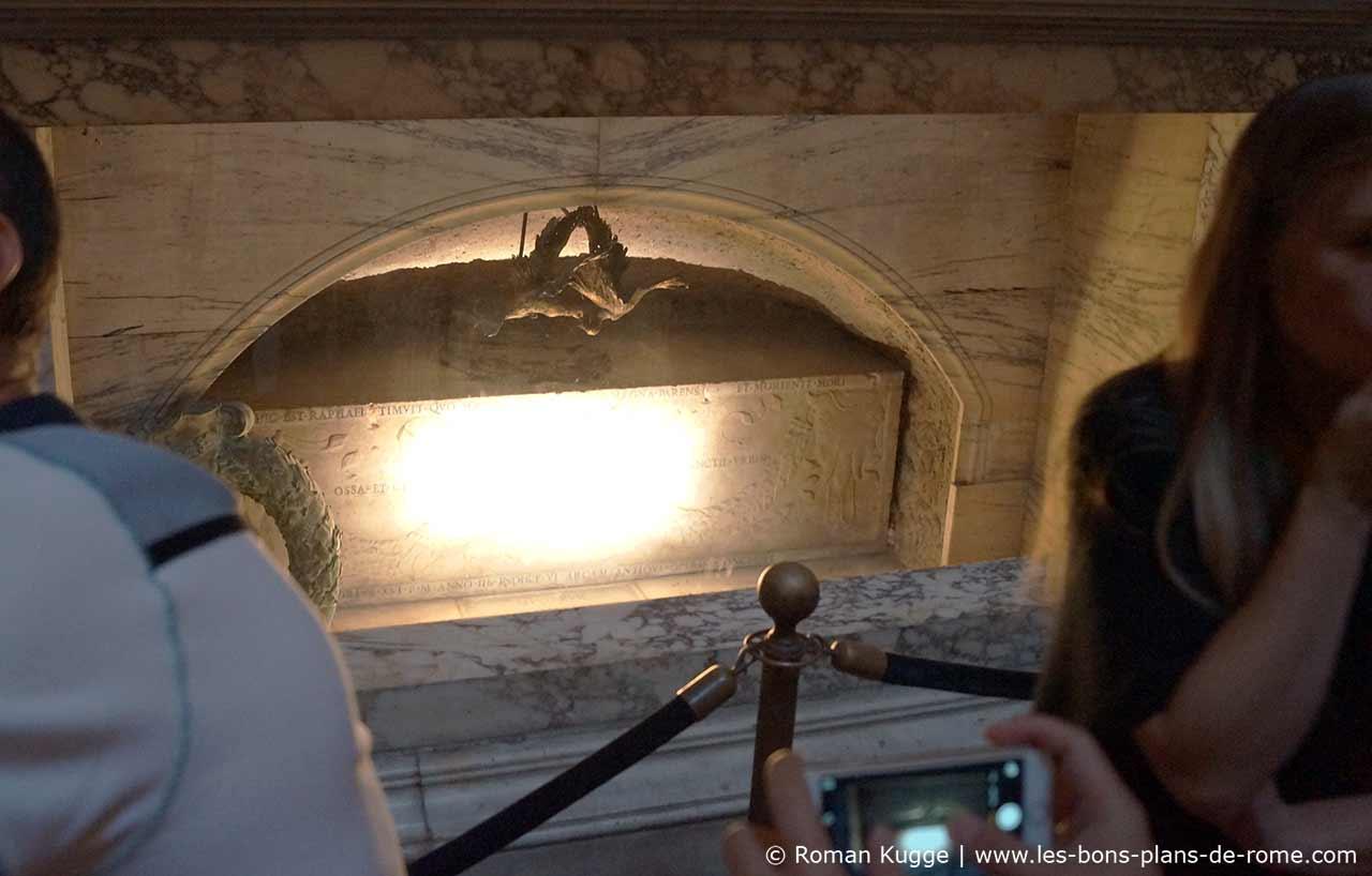 Tombe Raphael Panthéon Rome