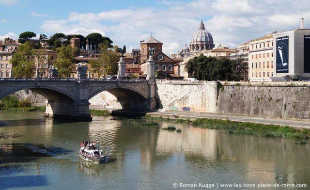 Visite de Rome en bateau sur le Tibre croisière