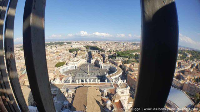 Vue sur Rome coupole Basilique Saint-Pierre