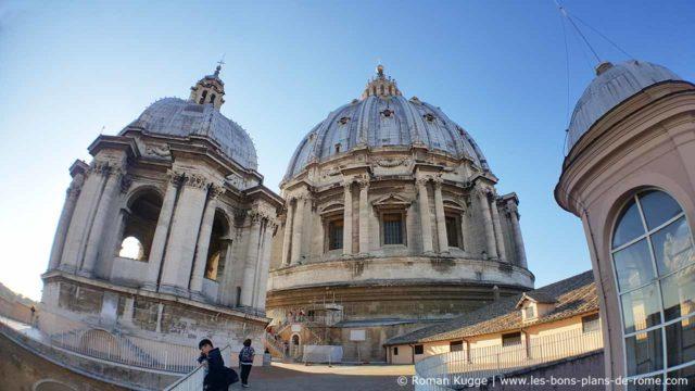 coupole Basilique Saint-Pierre toits du Vatican
