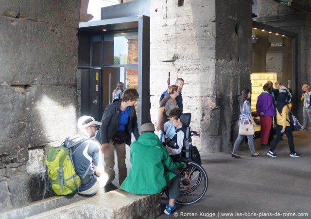 Colisée Handicap Chaise Roulante
