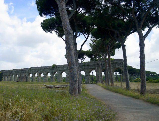 Parc des Aqueducs Rome