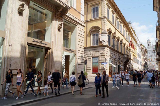 Via dei Condotti Shopping Luxe Rome