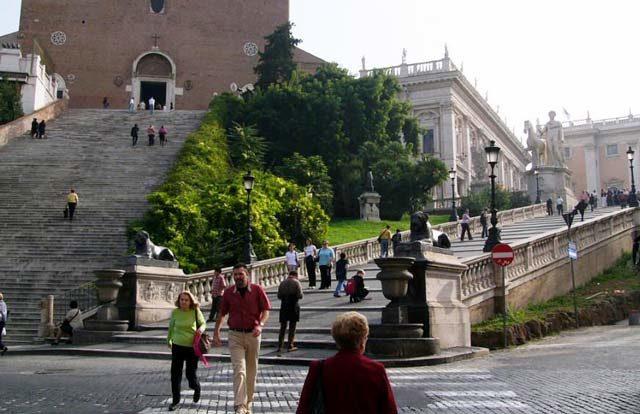 Escaliers menant aux Musées du Capitole