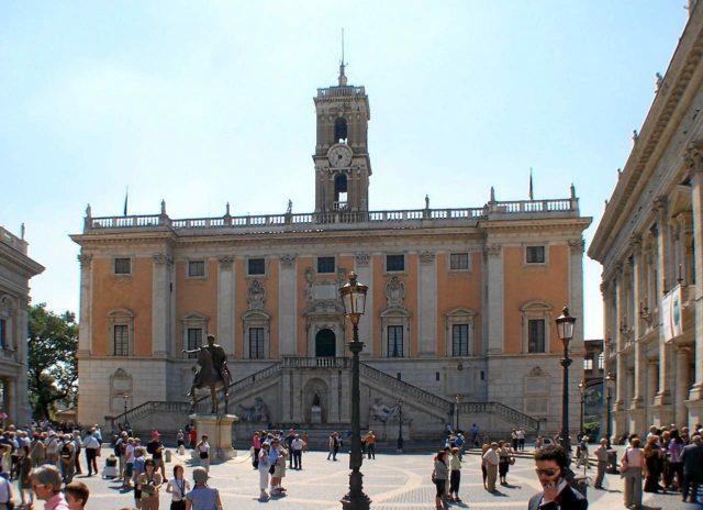 Parvis Musées du Capitole Palazzo Senatorio