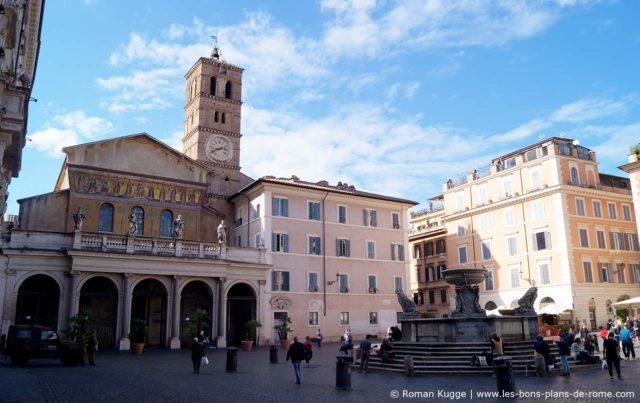 Piazza Santa Maria Trastevere à Rome